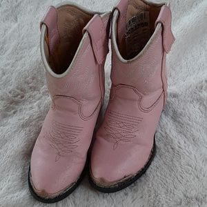 Super cute little girls pink Durangos